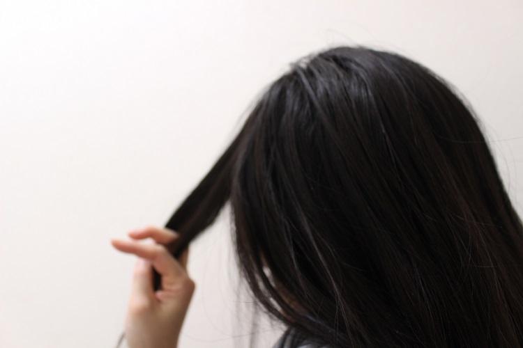 徹底解説!女性の薄毛の原因と対策について