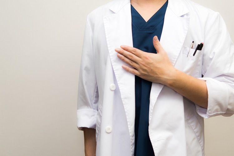 AGA治療ならAGA治療の専門クリニックへ